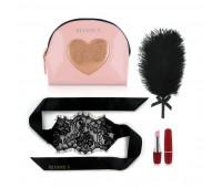 Романтический набор Rianne S: Kit d'Amour: вибропуля, перышко, маска, чехол-косметичка Pink/Gold